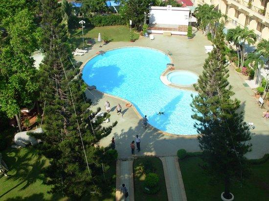Rex Hotel: Pool & Gardens