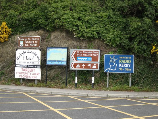 River Shannon: signs