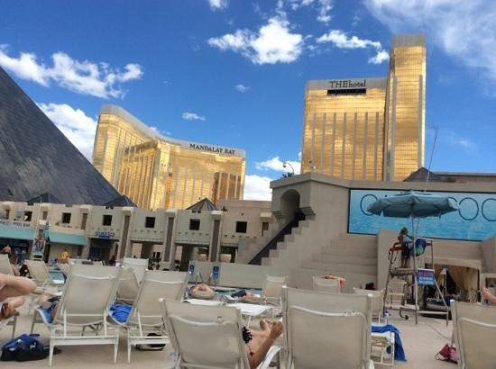 Luxor Las Vegas : pool