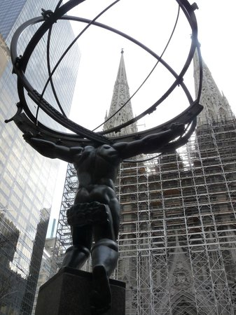Rockefeller Center: Sculpture at the Rockefeller Centre