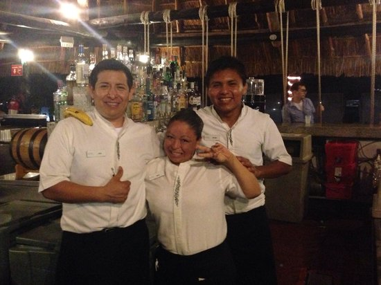 Moon Palace Cancun: Best Bartenders on the resort!!