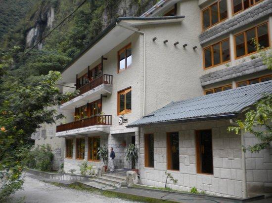 SUMAQ Machu Picchu Hotel: Front of the hotel