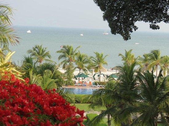 Royal Decameron Golf, Beach Resort & Villas : Vista del mar desde lo alto del hotel