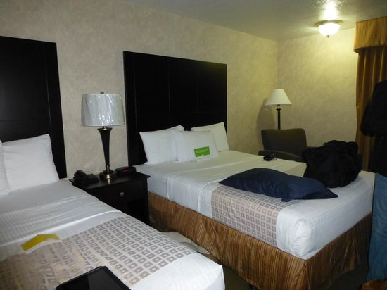 La Quinta Inn & Suites Woodburn : bedroom