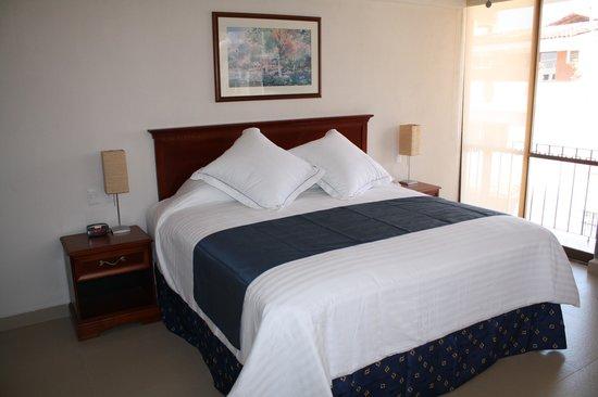 Hotel Porto Allegro: Habitacion King Size