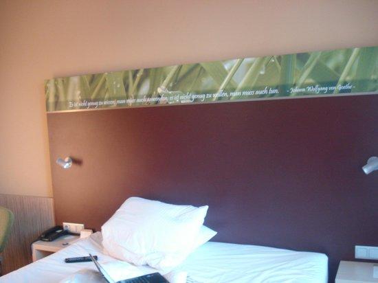Movenpick Hotel Frankfurt am Main City: la cama