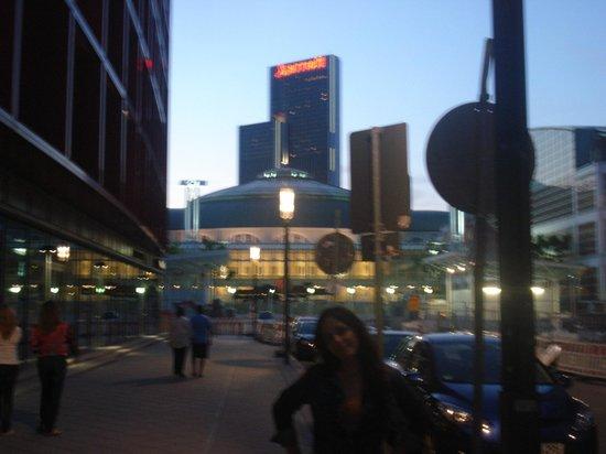 Mövenpick Hotel Frankfurt am Main City: a la salida del lobby