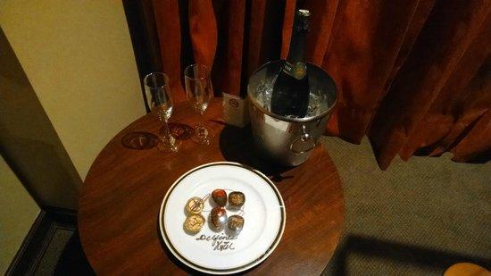 Delfines Hotel & Casino: Listos para empezar la celebración.