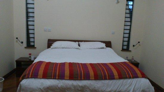 Karina Guest House: Nice modern room