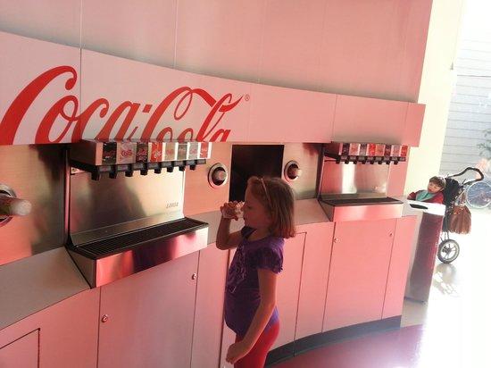 World of Coca-Cola: Coca Cola tasting