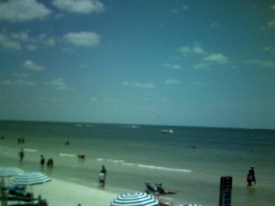 Outrigger Beach Resort: Beautiful Beach