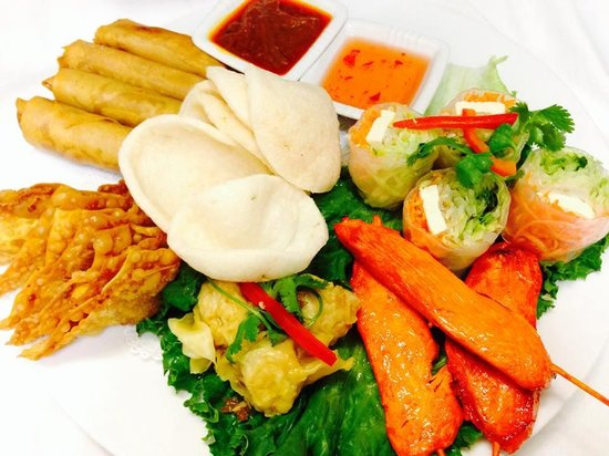 Thai House: Combo Appetizer