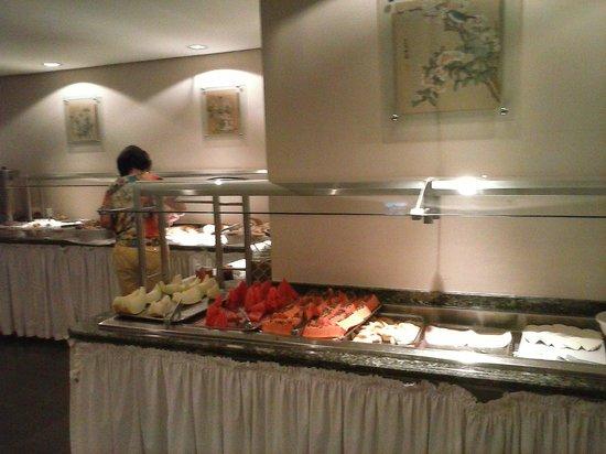 Foz Plaza Hotel: Café da manhã.