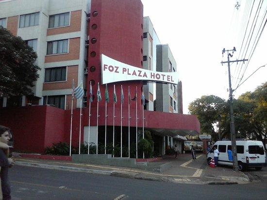 Foz Plaza Hotel: Fachada.
