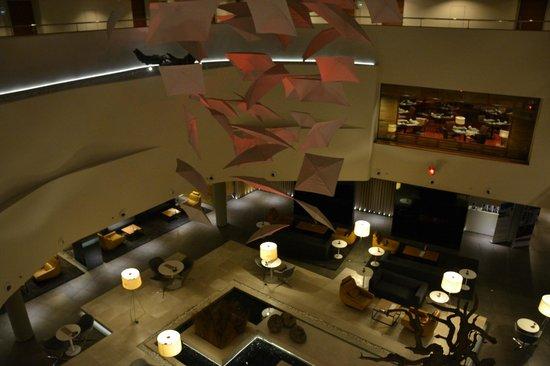 Radisson Blu Conference & Airport Hotel: Lobby