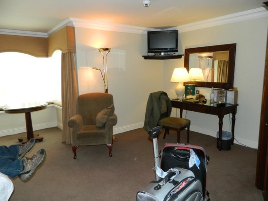 The Old Ground: Triple bedroom