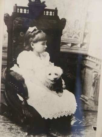 Ivy Green: Helen Keller, childhood picture