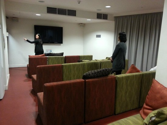 Sydney Harbour YHA: mini cinema
