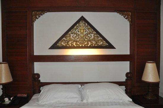 Borei Angkor Resort & Spa: nice room decor
