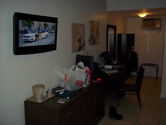 Collins Hotel: Habitacion