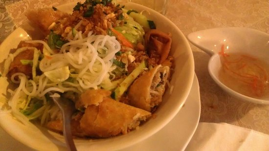 Indochine: Child egg roll and noodles