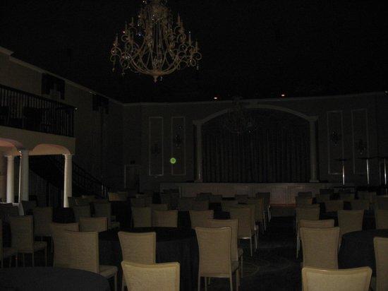 Old Capitol Inn: Ballroom area