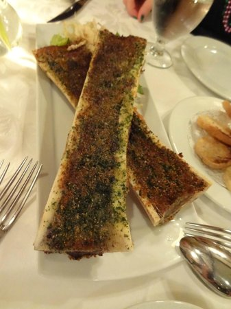 Le Crocodile : bone marrow - YUM!