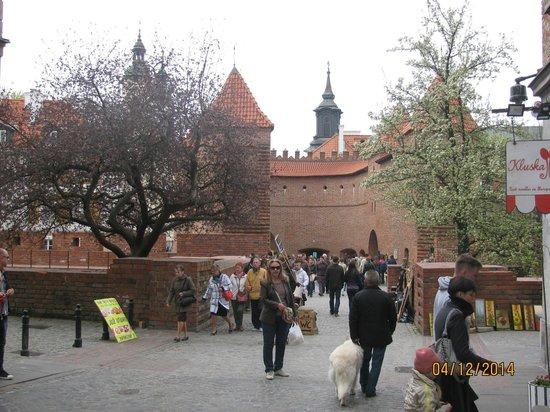 Warsaw Barbican (Barbakan Warszawski): barbikan
