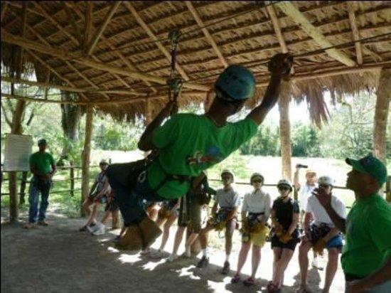 Zip 'n' Ride: Full zip line training given on Zip N Ride