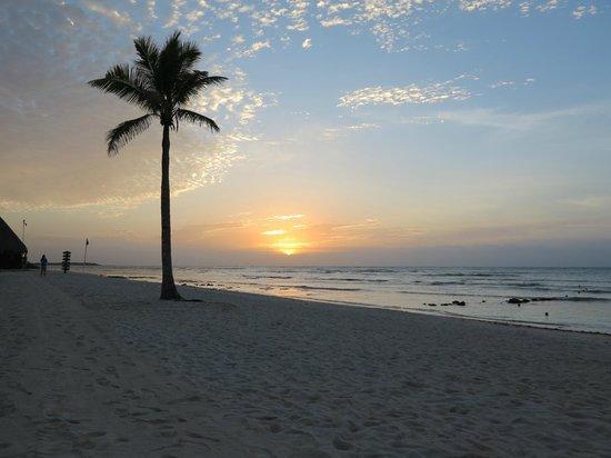 Dreams Tulum Resort & Spa: sun rise