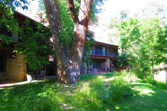 Moab Springs Ranch: Exterior