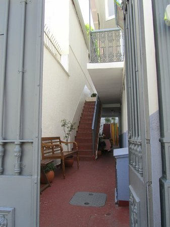 Olia Hostel