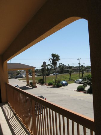 Best Western Padre Island: Balcony looking out toward road