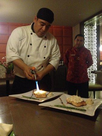 Playacar Palace: Excelente el chef .., felicitaciones a él y a Víctor nuestro mesero estrella !!