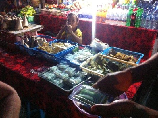 Casa Luna Cooking School: One of the dozens of stalls