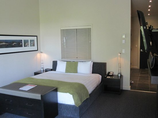 Black Rock Oceanfront Resort : very comfortable bed