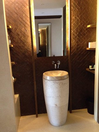 Hansar Samui Resort : Bathroom
