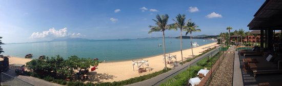 Hansar Samui Resort: Panoramic view from hotel restaurant