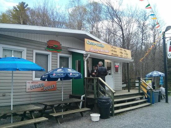 Canyon Sainte-Anne: Good place to eat