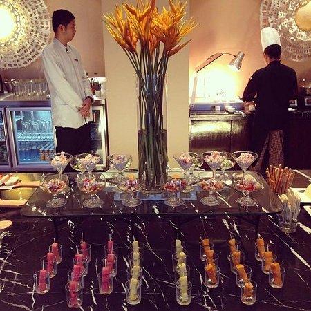 Cebu City Marriott Hotel: evening cocktails!