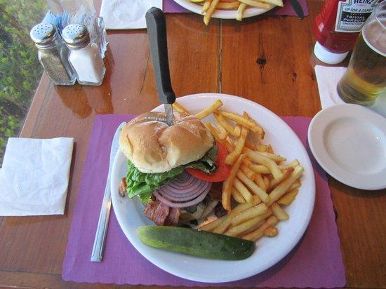Brax Landing Restaurant: Brax Burger