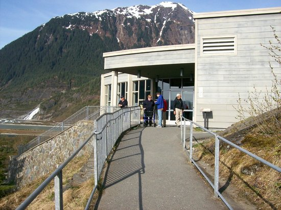 Mendenhall Glacier : Visitor center