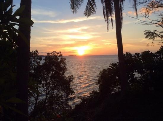 Royal Cliff Beach Hotel: sun set