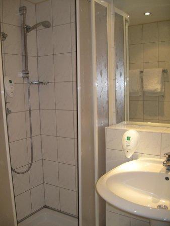 Berlin Mark Hotel: ванная