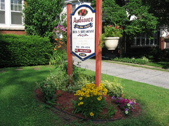 Ambiance by the Falls Bed and Breakfast: You'll see our front yard name sign at 4467 John Street