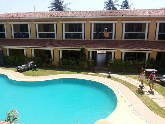 Casa De Goa Boutique Resort: View of the pool