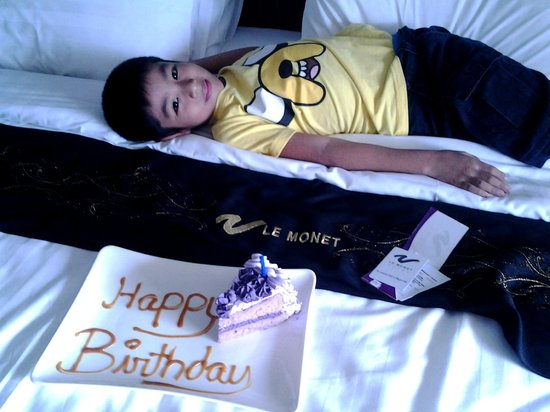 Le Monet Hotel: surprise for the birthday boy