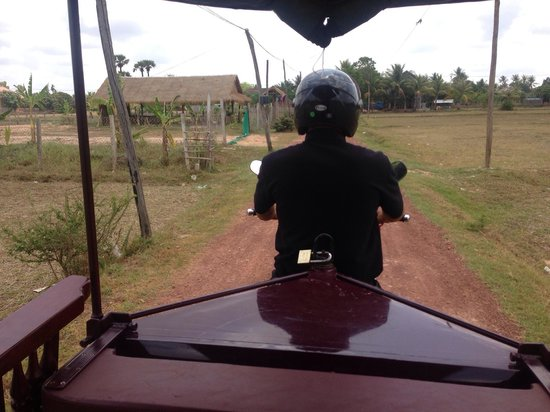 Bunwin Residence : The complimentary tuk tuk into siem reap