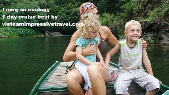 Vietnam Impressive Travel - Private Day Tours: trang an cruise tour 1 day