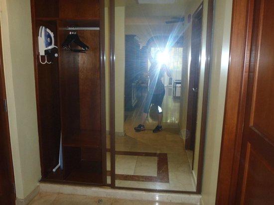 Gran Melia Golf Resort Puerto Rico : Closet